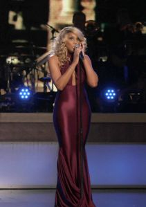 tamar-braxton-the-bet-honors-2014-hosted_40599641