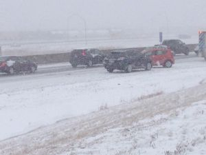 TRAFFIC: 50 Vehicles Involved in Pile-Up Crash | 93 1 WZAK