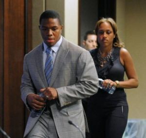 Ray-Rice-and-his-wife-Janay-Palmer-Rice-hold-a-press-conference-shortly-after-the-running-back-was-suspended-by-the-NFL.-e1408018753118