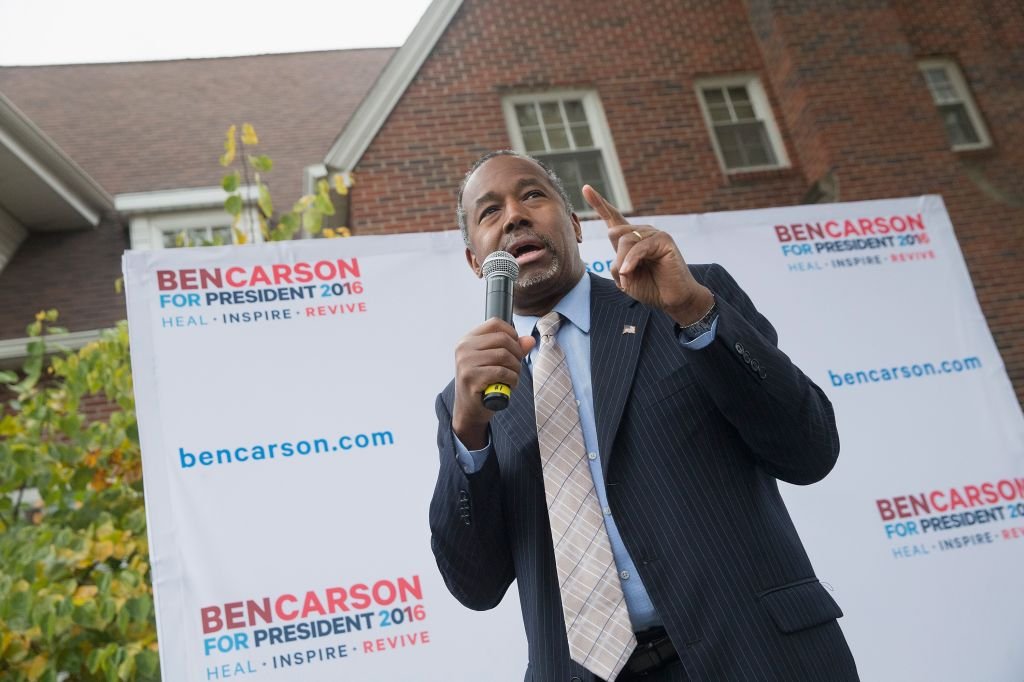 GOP Presidential Candidate Ben Carson Campaigns In Iowa