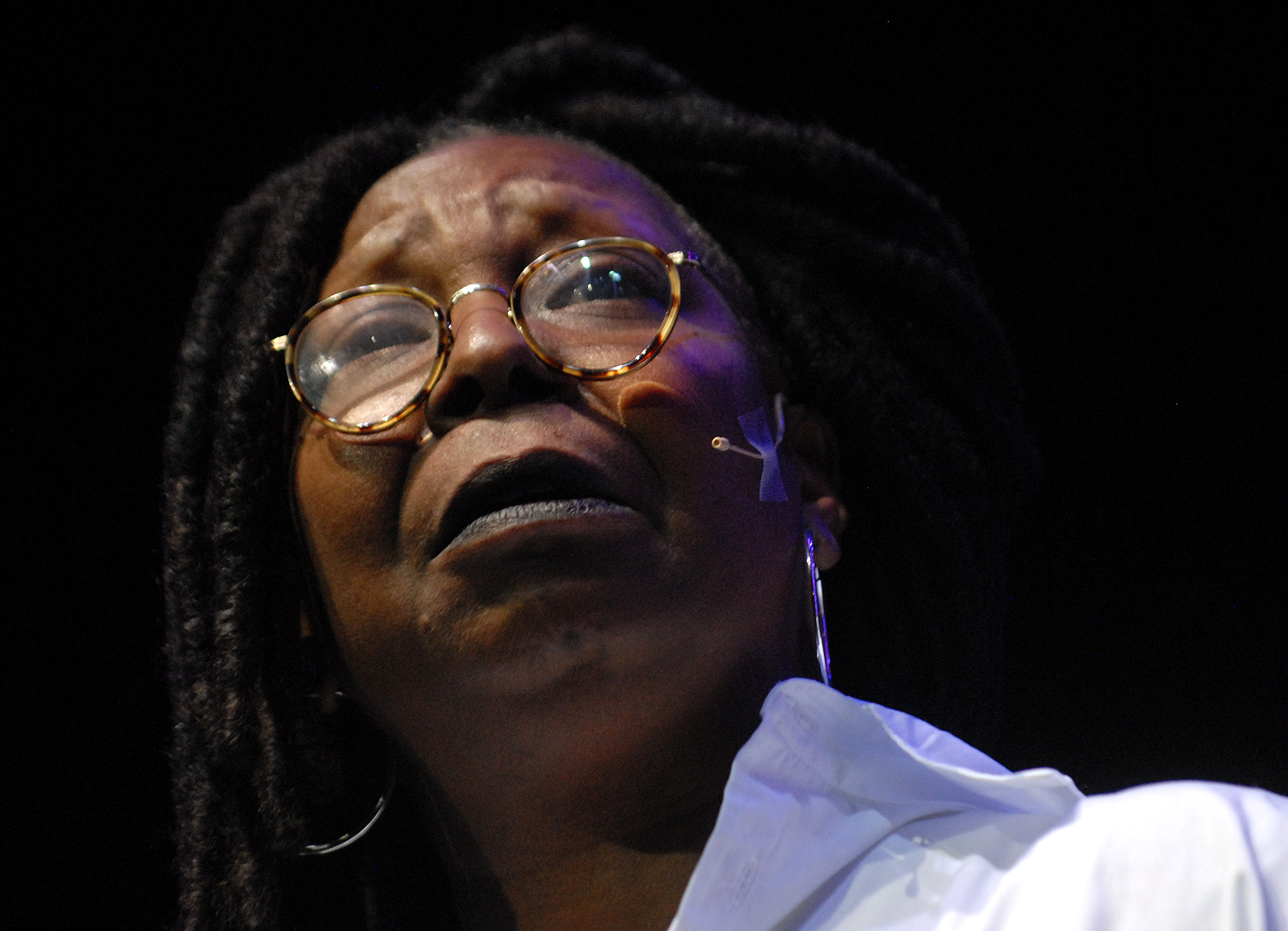Whoopie Goldberg Peforms