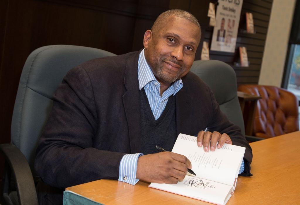 Tavis Smiley Book Signing