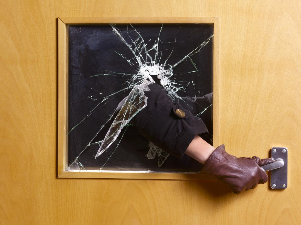 Criminal breaking an entering home office