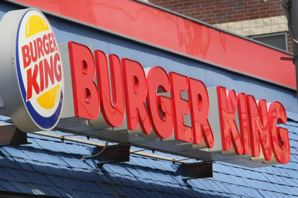 Burger King Fiscal Fourth Quarter Earnings Drop 17 Percent As Sales Drop