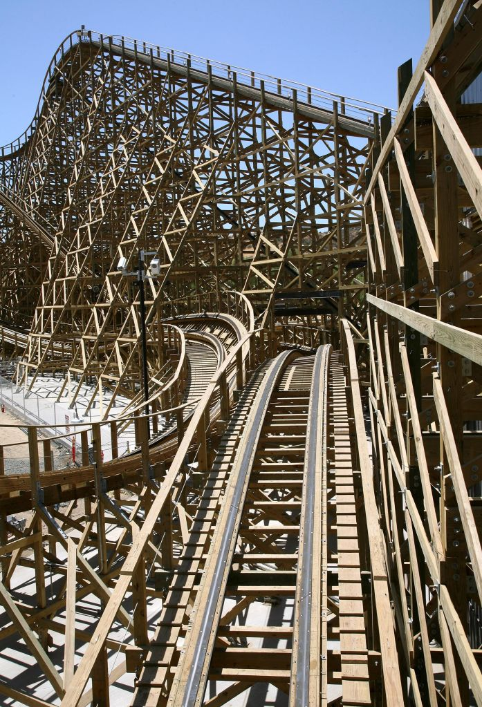 Six Flags Magic Mountain Sneak Peek Of 'Terminator Salvation: The Ride'