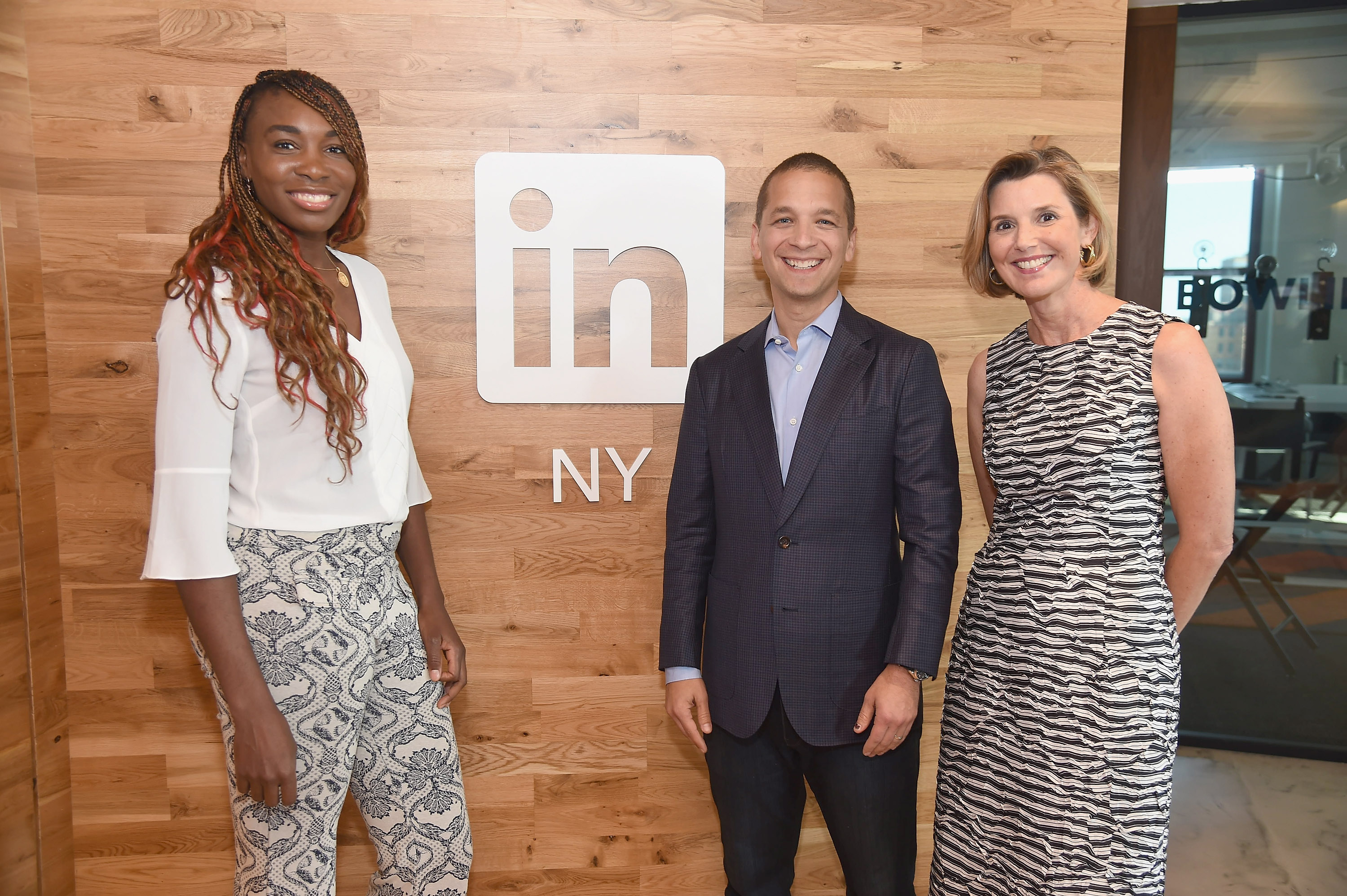 Venus Williams And Sallie Krawcheck Sit Down With LinkedIn Executive Editor Dan Roth
