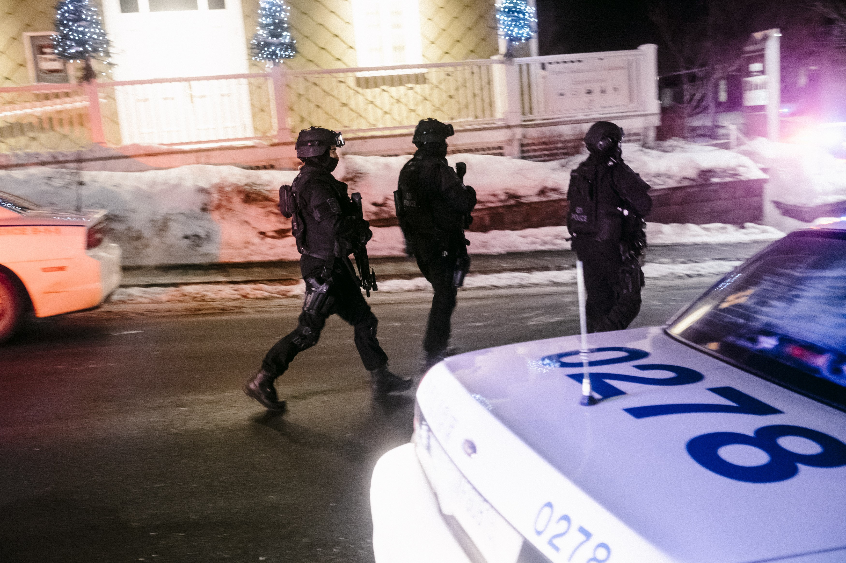 5 dead in Canadian mosque shooting