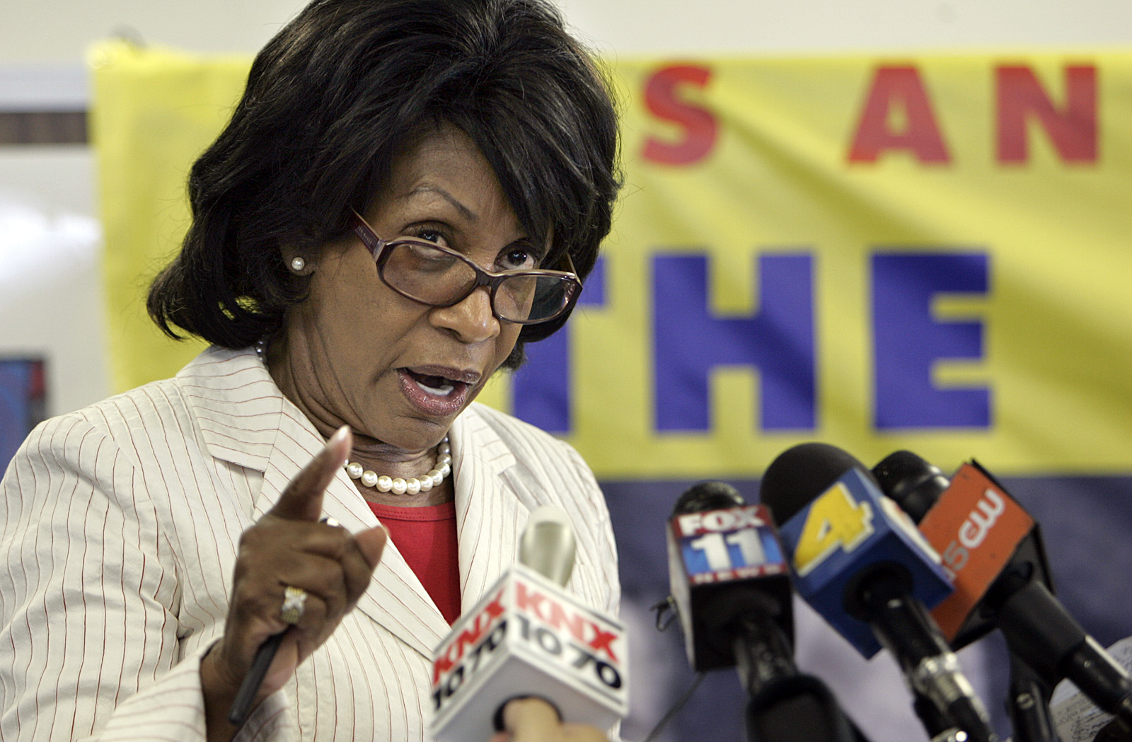 Congresswoman Maxine Waters spoke in favor of the impeachment of President Bush and the vice Presid