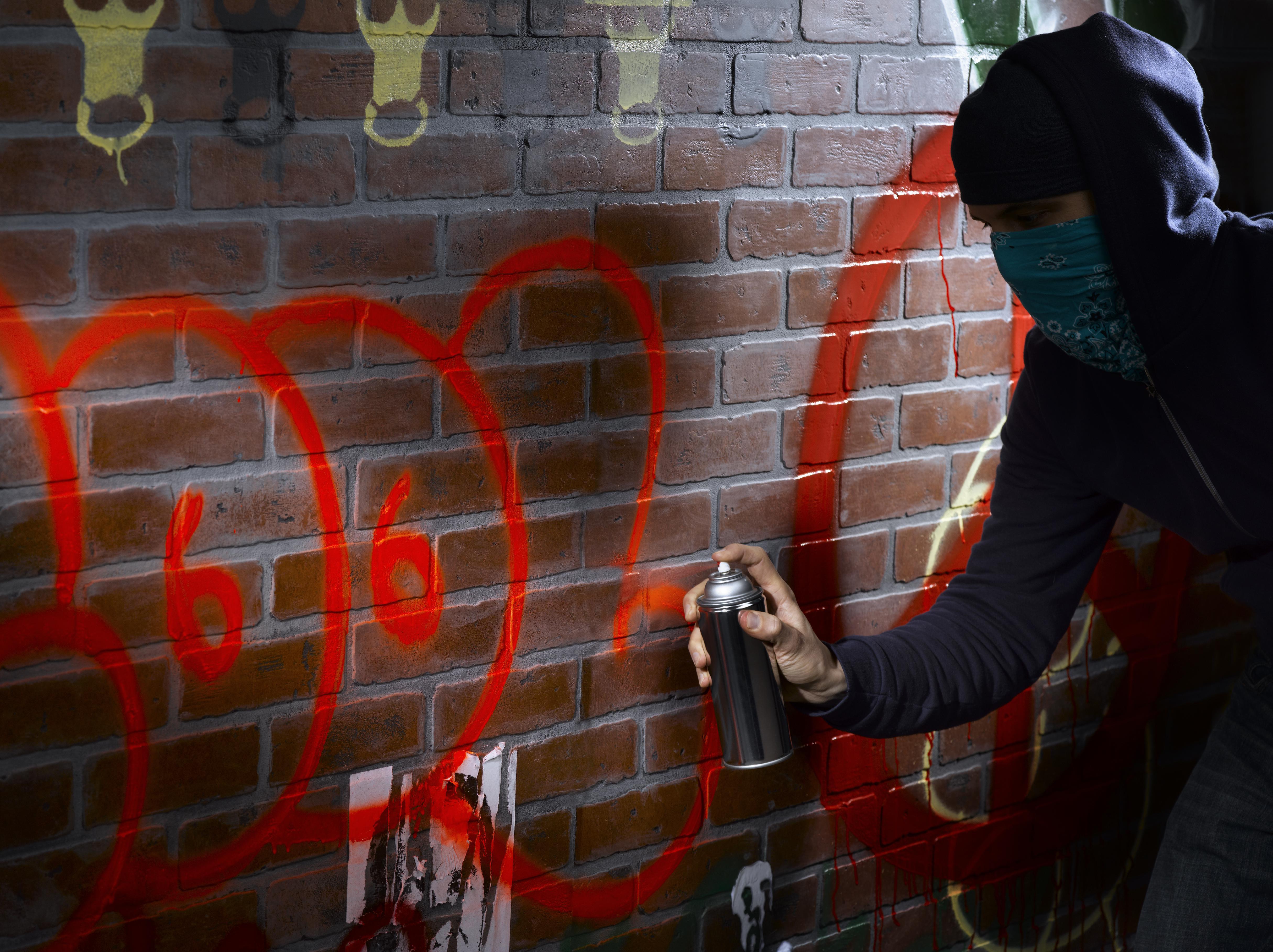 graffiti artist painting