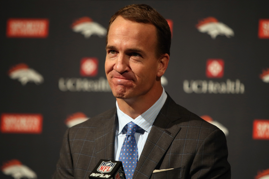 Peyton Manning Announces Retirement