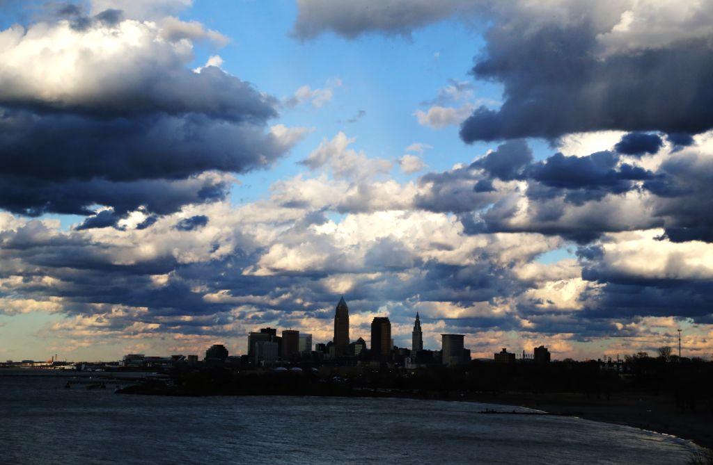 Cumulus clouds ove rthe Cleveland city skyline