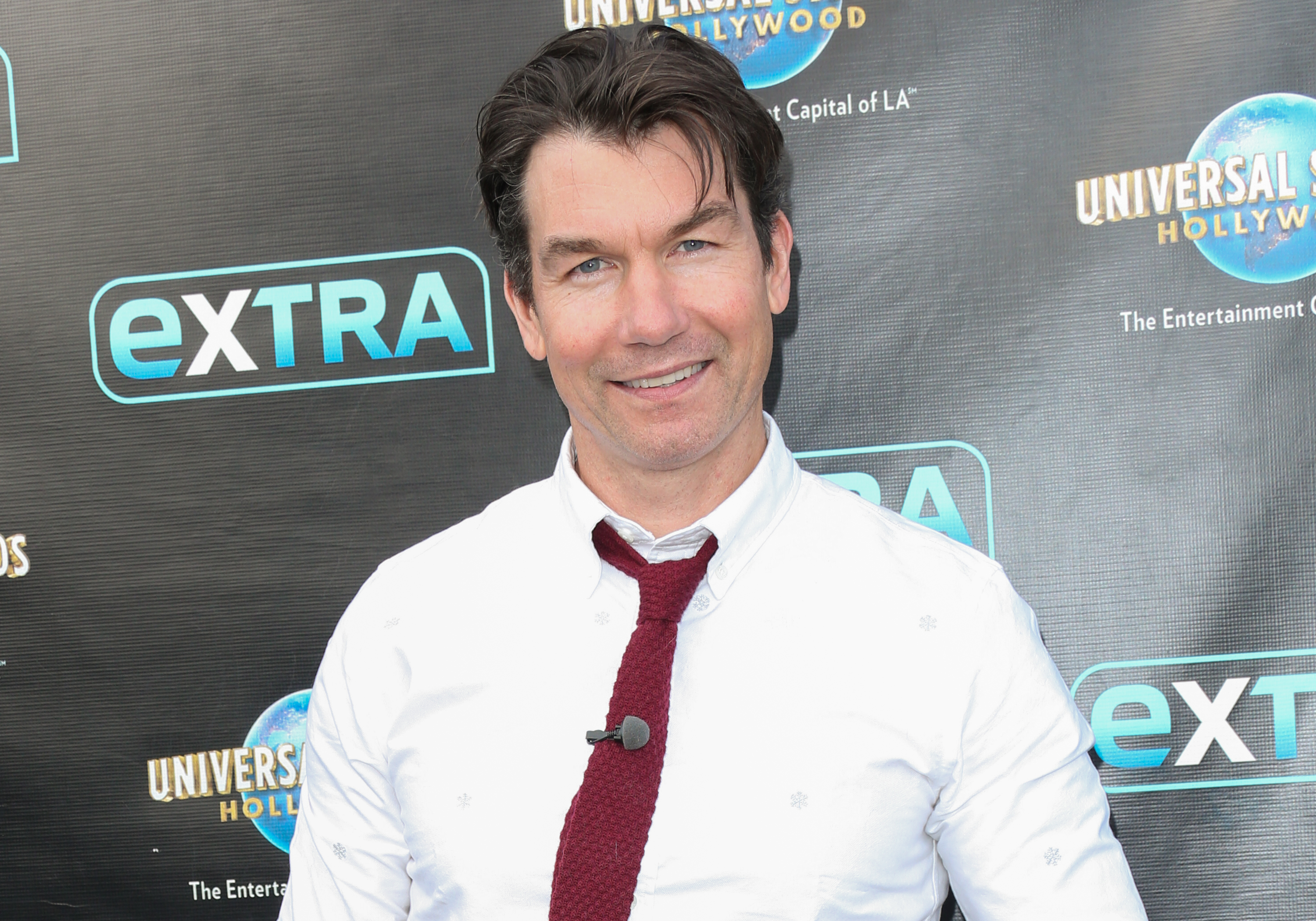 Chloe Kohanski And Jerry O'Connell Visit 'Extra'