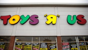 Beleaguered Toys R Us Battles For Survival
