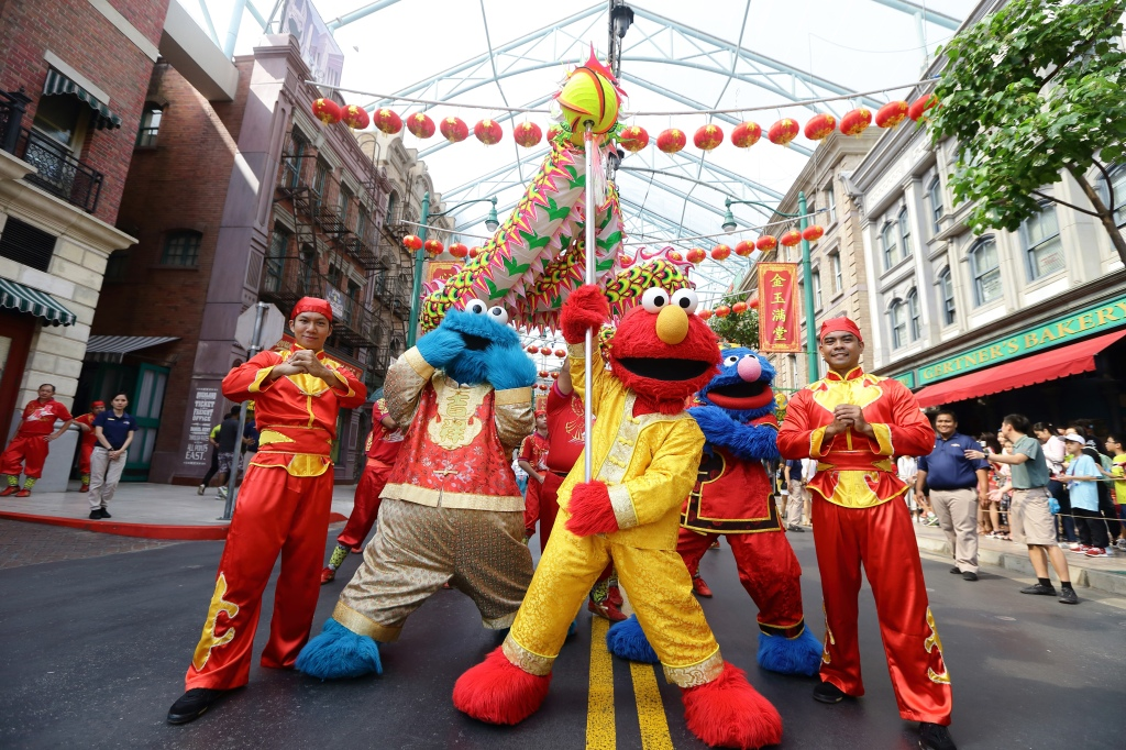 Lunar New Year Festivities in Universal Studios Singapore and S.E.A. Aquarium Media Preview