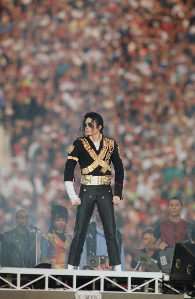 Michael Jackson Performs at Superbowl XXVII