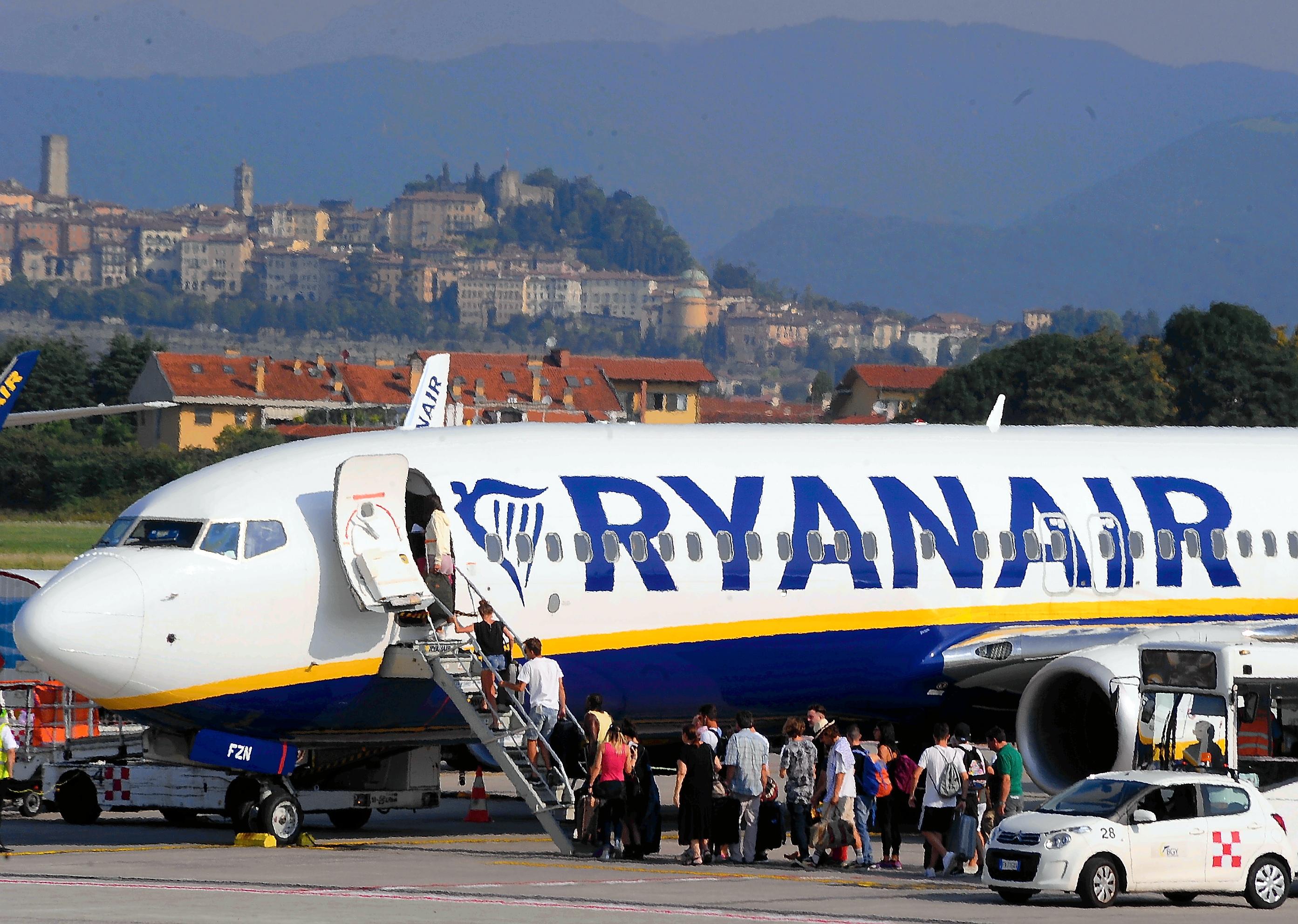 Ryanair flights cancelled at Orio al Serio Airport