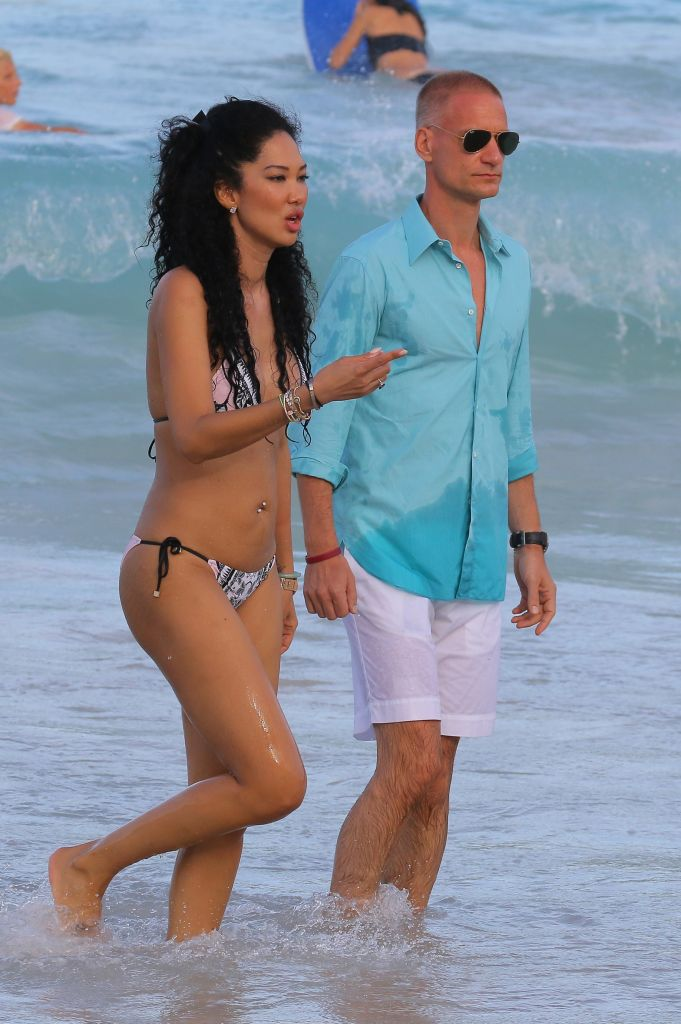 Kimora lee Simmons with her family and her new boyfriend Tim Leissner in St Barts
