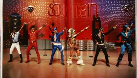 The book on Soul Train the dance show, by Don Cornelius, that sported wide lapels and afros, Metall