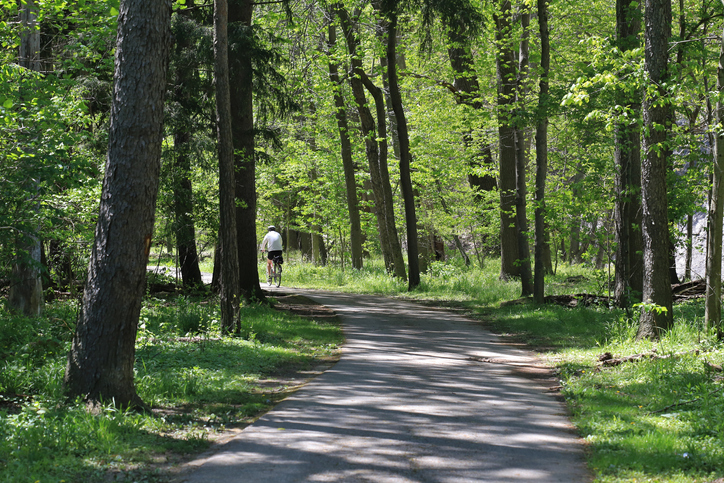 Recreational towpath trail, Cuyahoga Valley National Park, Ohio, USA
