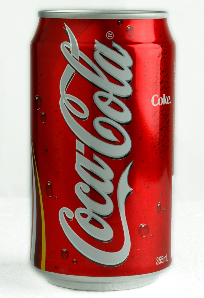 A Hong Kong version's ' Coca-Cola ' can. 23 March 2003