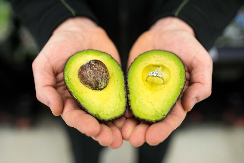 ASDA avocados that are ripe to guide loved-up Brits