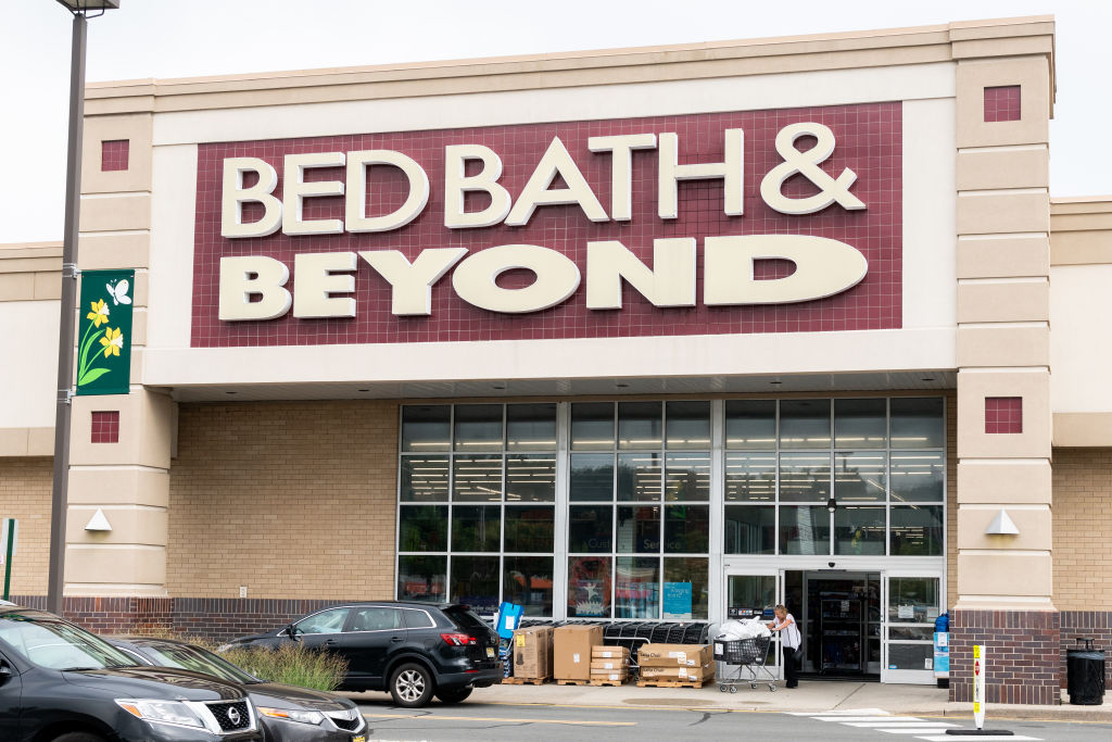 Bed Bath & Beyond store in North Brunswick Township, New...