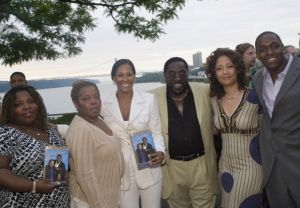 "Eddie Levert Signs Copies of His New Book ""I Got Your Back"" - June 4, 2007"