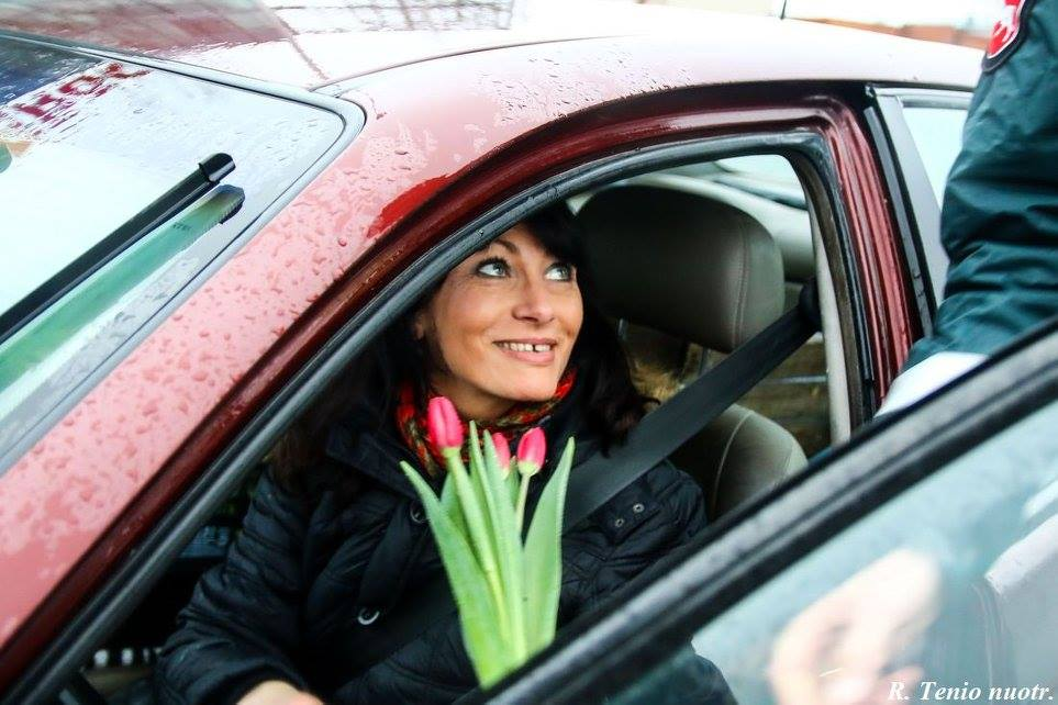 Police in Lithuania Say It with Flowers on International Women's Day: