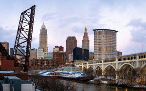 Skyline, B&O Railroad Bridge 463, Cleveland, Ohio, America
